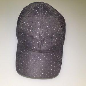 Cute polka dot hat 💕